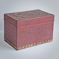 Cinnabar and gold coloured lacquer box (other side), Ryukyu Islands, 18th century [thumbnail]