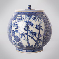 Shonzui style blue and white porcelain water jar (mizusashi) (side 3), Japan, Meiji era, circa 1900 [thumbnail]