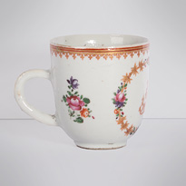Famille rose export porcelain coffee cup (view 3), China, Qianlong period, circa 1760 [thumbnail]
