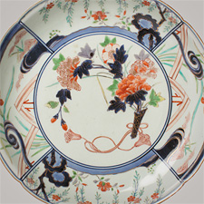 Example of Imari, Kakiemon and Nabeshima porcelain, bronze and lacquer